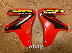 Genuine OEM Honda Radiator Shroud Set 00-07 Honda XR650R XR 650 R Fighting Red